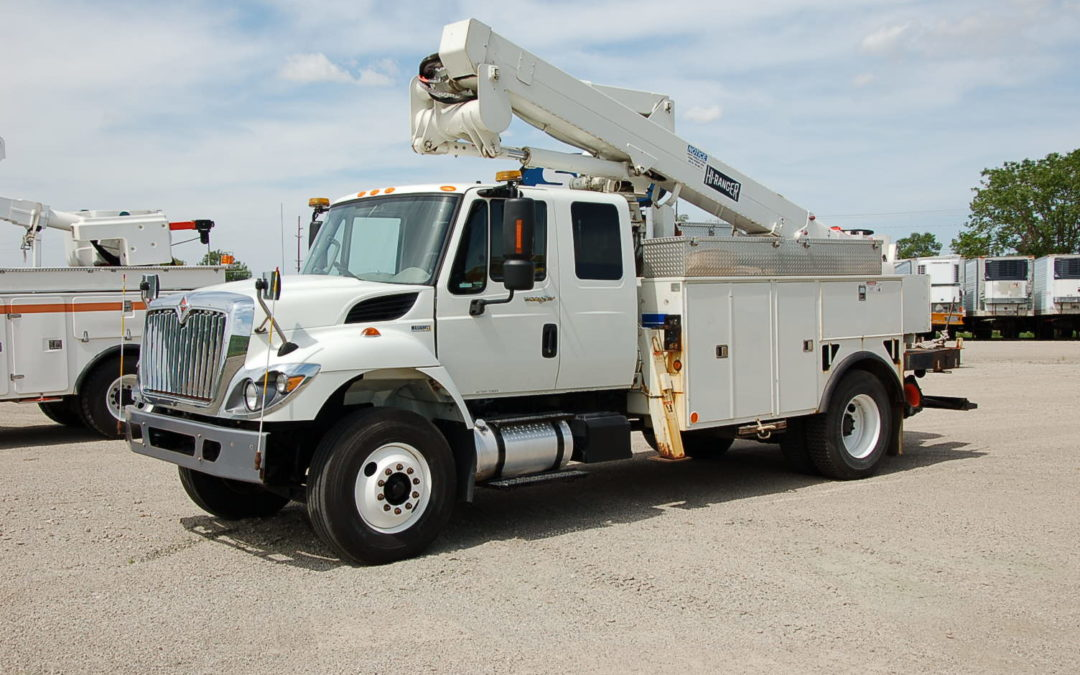 2012 7400 EXTENDED CAB 46′ AERIAL TRUCK (MPFP1199) | MPFP1199