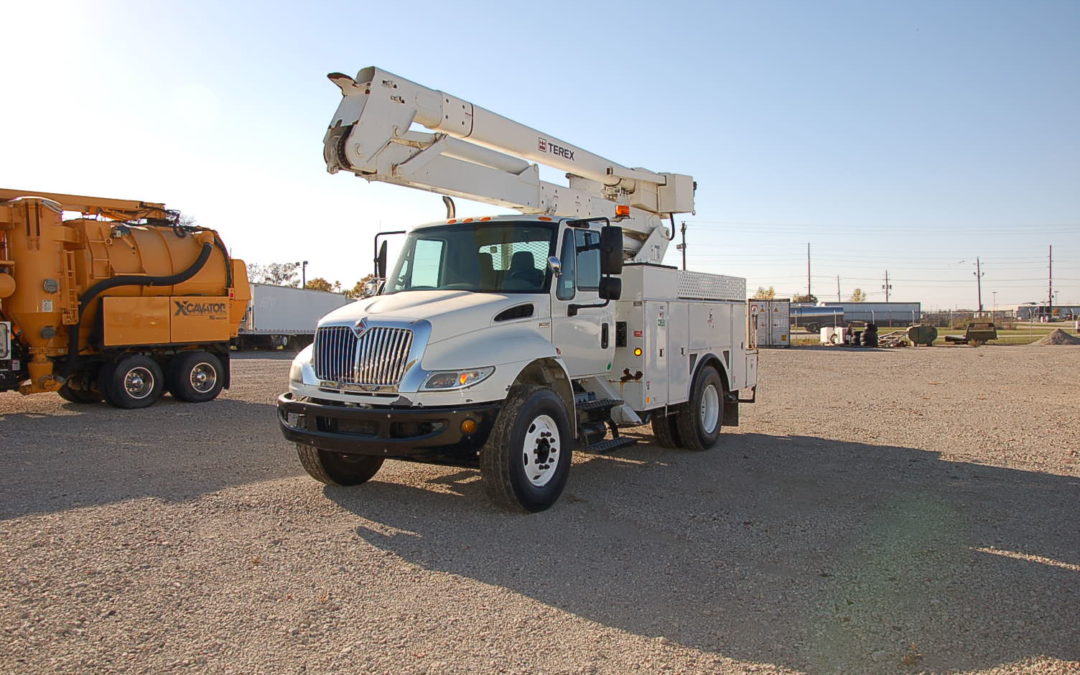 2012 International 4400 with 51′ Material Handling Aerial (MPFP1207) | MPFP1207