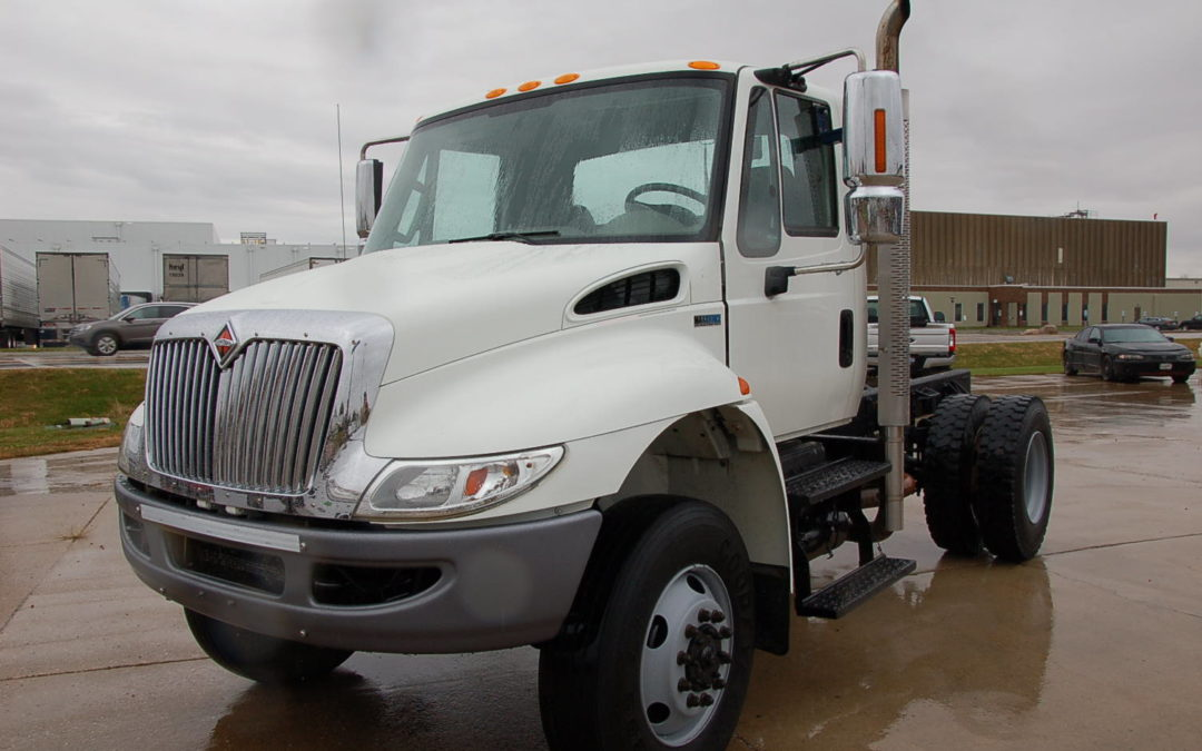 2011 International 4×4 Low Mile Cab & Chassis (MPFP1226) | MPFP1226