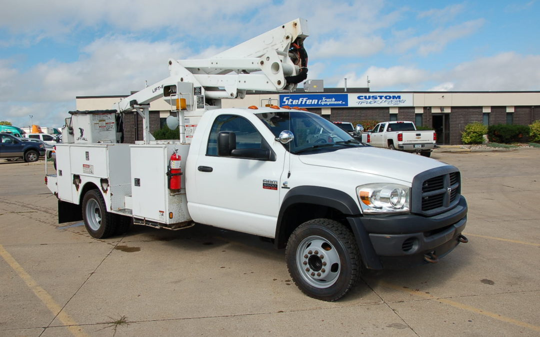 2009 Dodge RAM 5500HD 4×4 with 43′ Bucket (MPFP1252) | MPFP1252