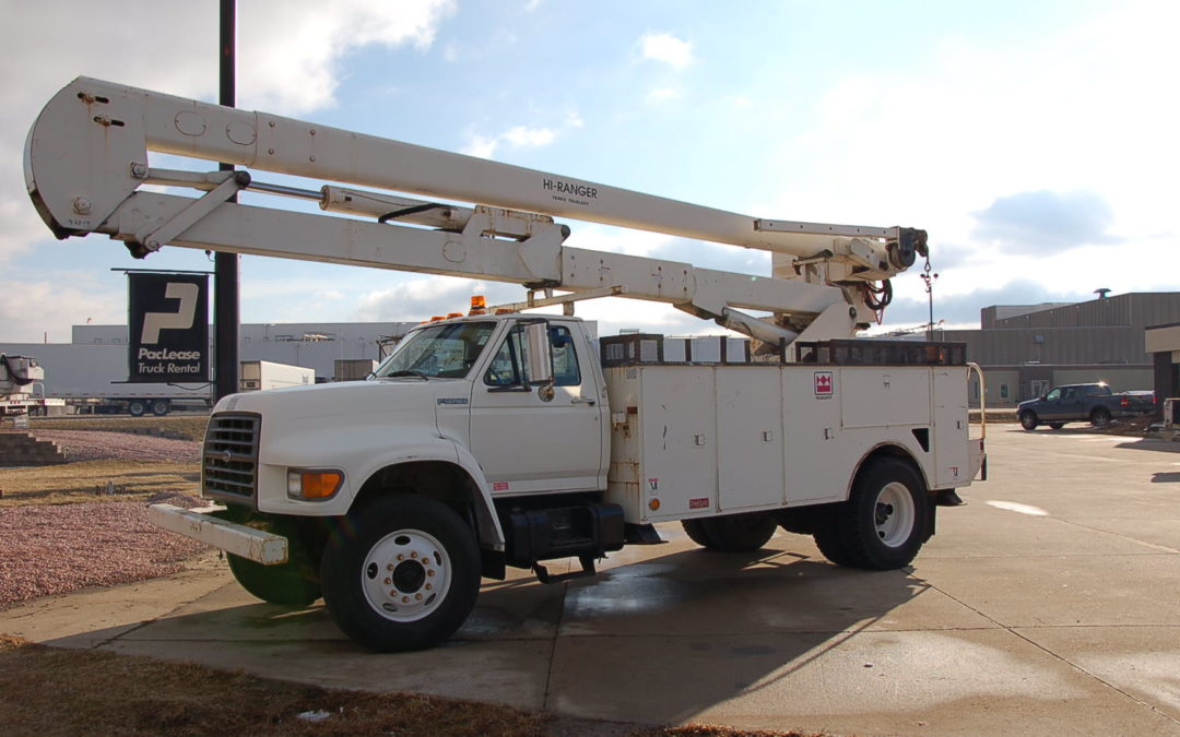 1998 Ford F800 60′ Aerial (MPFC1267)