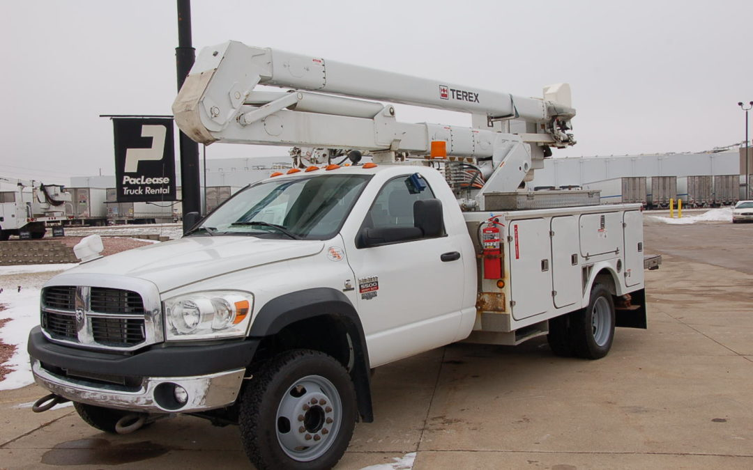 2010 Dodge 5500 4×4 with 45′ TEREX Material Handling Boom (MPFP1260)