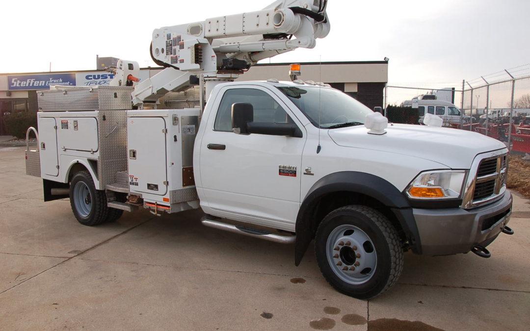 2010 DODGE RAM 5500 4×4 Material Handling Bucket Truck (MPFP1264)