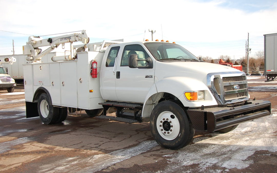 2008 Ford F750 Extended Cab Service Truck (MPFP1313)