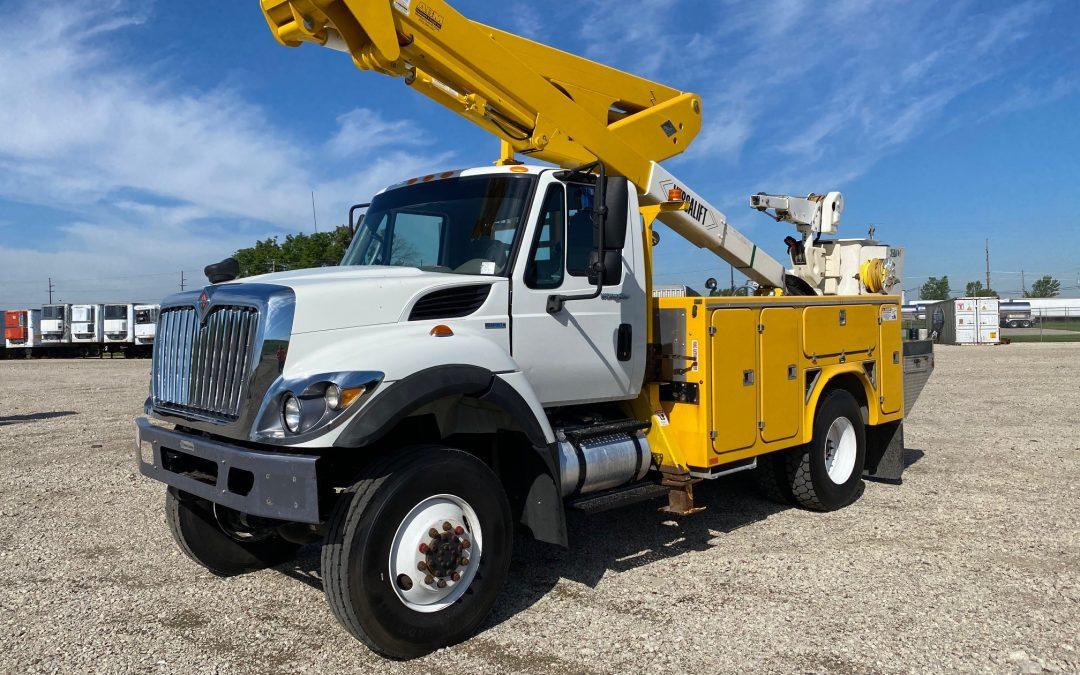 2011 4×4 IHC Material Handling Bucket Truck (MPFP1333)